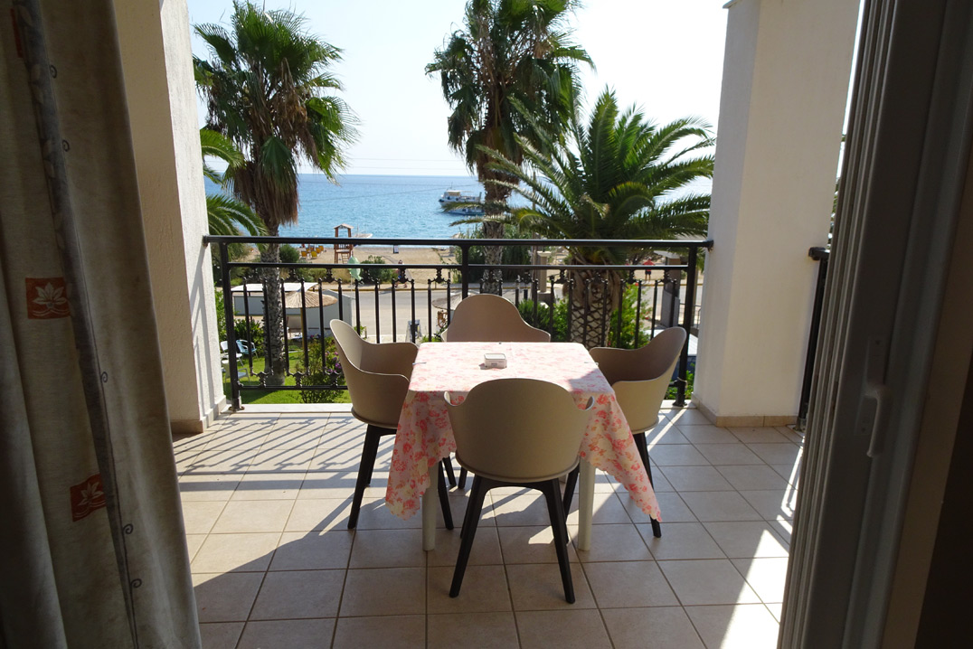 No 6. (One bedroom) family apartment on 1st floor. Large balcony with great front sea view. (AEGEALIS STUDIOS & APARTMENTS)