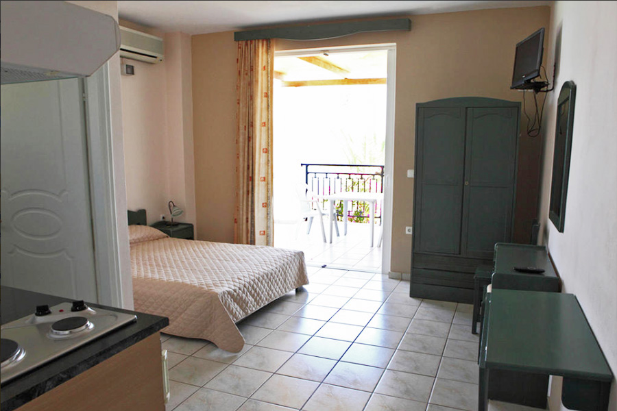 No 7. Superior studio on 1st floor with large balcony & great front sea view.